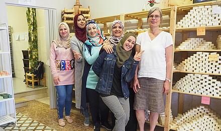 Die Frauen vom Seifenprojekt mit Sabine