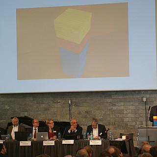 Volker Springer bei der Erklärung des Bundeshaushaltes